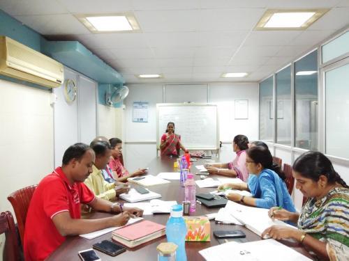 spoken hindi corporate class - Ampere
