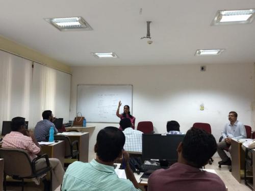 spoken hindi corporate class - ITC5